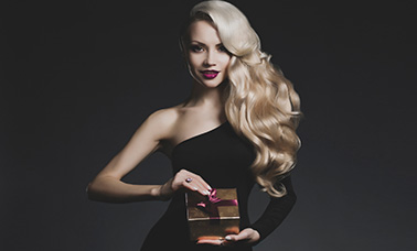 Glamour long blonde hair blowdry for women